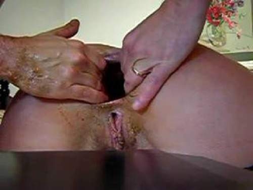 Anal – Big gaping asshole mature hard stretching closeup