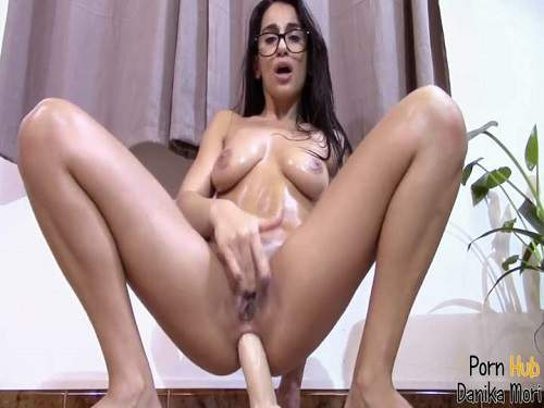 Webcam – Wonderful busty brunette Danika Mori rides dildo anal