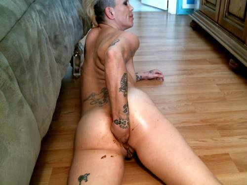 Amateur Scat – Scat girl Juicy Julia this is ass fisting homemade