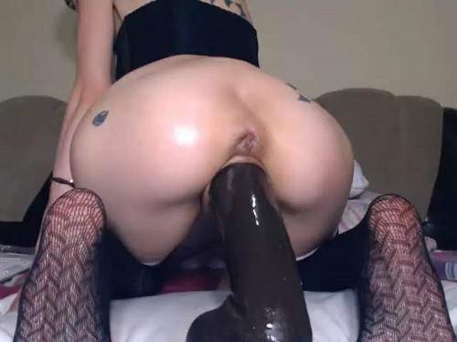 Close Up – Angelsdaniel webcam horny girl BBC dildo penetration deeply in sweet pussy