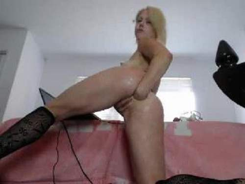 Webcam – Sweety blonde webcam fisting anal and pussy