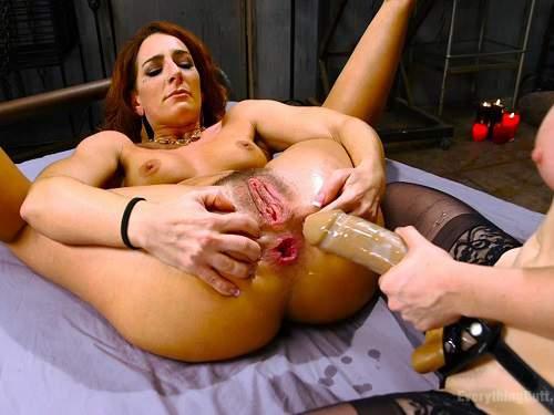 Anal – Savannah Fox and Penny Pax anal gape loose lesbians