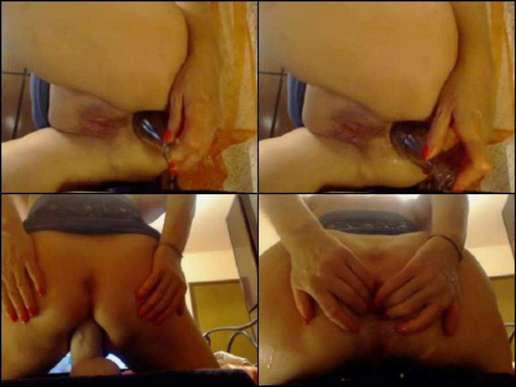 shaved pussy granny webcam,hot granny bottle anal penetration,anal stretcing crazy granny