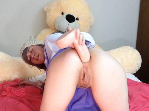 Huge Dildo – Dirty Sammy colossal dildo penetration solo in ass