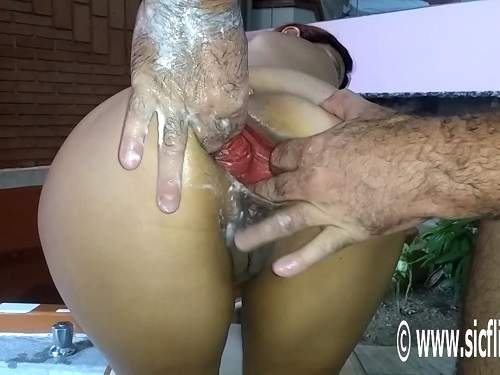 Anal – New 2017 booty wife gets fisted and huge bottle in ruined ass