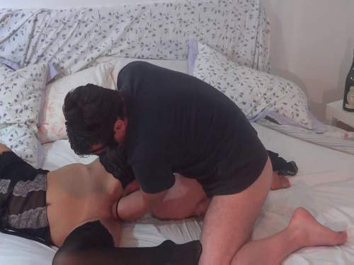 Pussy Fisting – Husband elbow fisted his masked wife