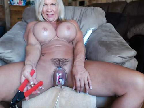 Mature – Busty muscular mature hairy pussy pump webcam – Release October 02, 2017