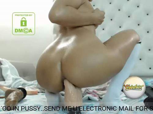 Close Up – Sexy webcam girl penetration double dildo and balls in loose ass – Release January 29, 2018
