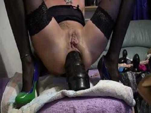 Webcam – Kinky german skinny blonde shocking dildo anal rides