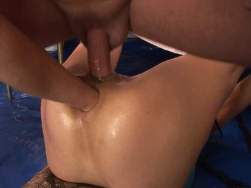 Pussy Insertion – Chelsea gets double penetration with deep anal fisting