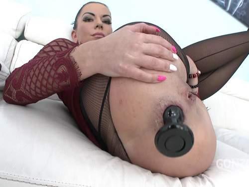 Gaping Anal – New 04.05.2017 Inga Devil butplug fuck and creampie to anal gape