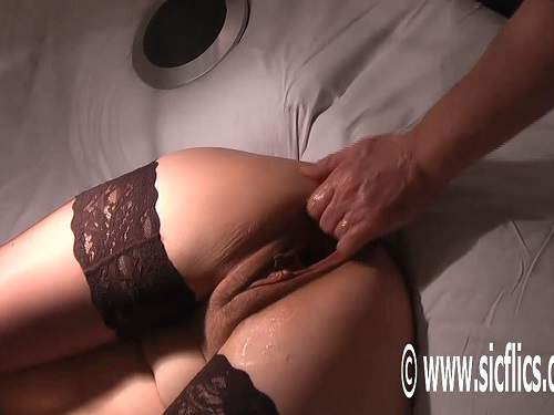 Gaping Pussy – Monster gaping pussy stretching after fisting and footing