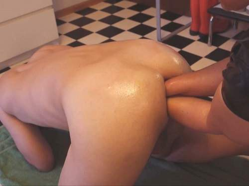 Femdom – Extreme amateur femdom porn – double fisting, bottle and dildo penetration