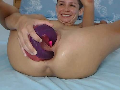 FoxandFoxy dildo anal,FoxandFoxy anal gape,FoxandFoxy double dildo porn,double dildo penetration,double side dildo hard penetration,amazing bald girl