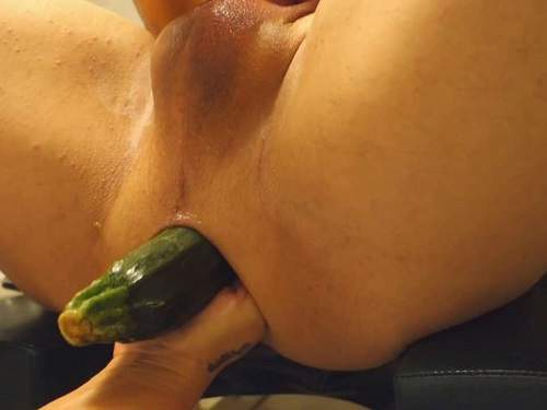 Anal Fisting – Amateur femdom vegetable and fist anal in husbands ass in one moment