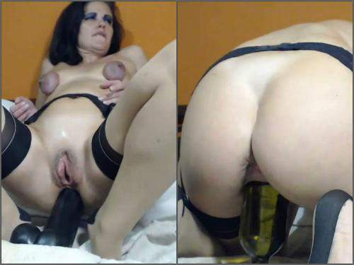 Pussypump – Queenvivian vaginal pump, fisting and huge bottles riding