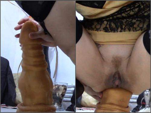 Anal – Dirty girl inter the dragon fully to prolapse anal