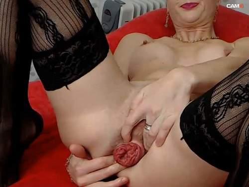 Dildo Porn – Kinkylolaxxx anal prolapse stretching and gape hardcore