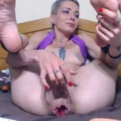 Anal - Tattooed camgirl angelsdaniel loose her giant anal rosebutt hole