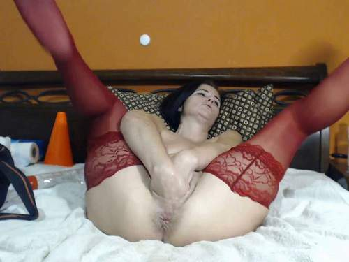 Pussy Fisting – Brunette kinkyvivian double fisting and dildos riding webcam new 2019