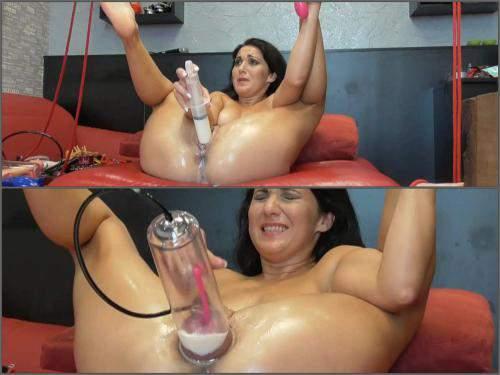 Pussy Pumping – Russian girl BIackAngel pump out milk fomr pussy