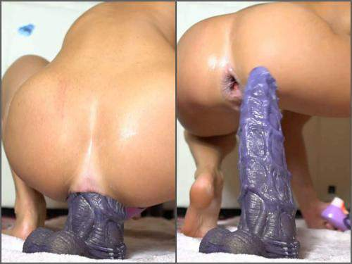 Monster Dildo – SiswetLive monster bad dragon dildo anal penetration and loose gape