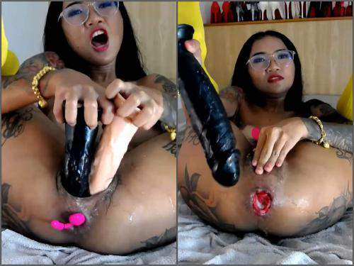 Webcam – Webcam tattooed asian pornstar Asianqueen93 anal rosebutt loose with many toys