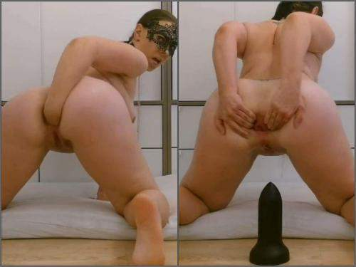 Anal Insertion – Saggy tits masked wife Thesecretlifeofsex self fisting to rosebutt