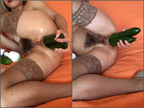 Butplug – NatusAmare cucumbers in my loose ass – Premium user Request