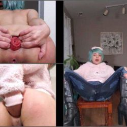 Anal Insertion - VixenxMoon wetting jeans with anal gaping/prolapse – Premium user Request
