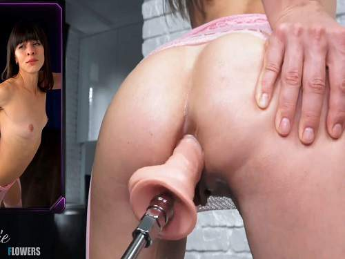 Fuckmachine Penetration – Natalieflowers squirt during fucking machine driller her anus