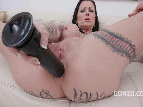 Julia Exclusiv – Tattooed dirty MILF Julia Exclusiv dildo anal sex and DAP after