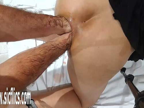 Close Up – Brutal double anal fisting to prolapse with kinky dirty mature