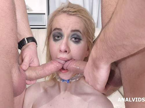Gaping Anal – Clockwork Victoria rainbow dildo penetration anal solo
