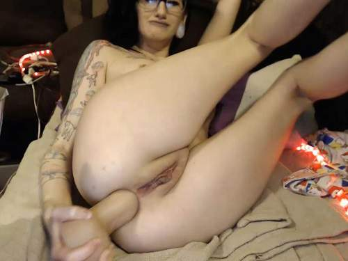 Tattooed Teen – Tattooed naked camgirl Cottontailmonroe self insertion rubber dildo fully anal