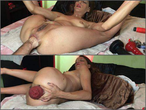 Anal Insertion – Maria Hella anal fisting and prolapse – Premium user Request