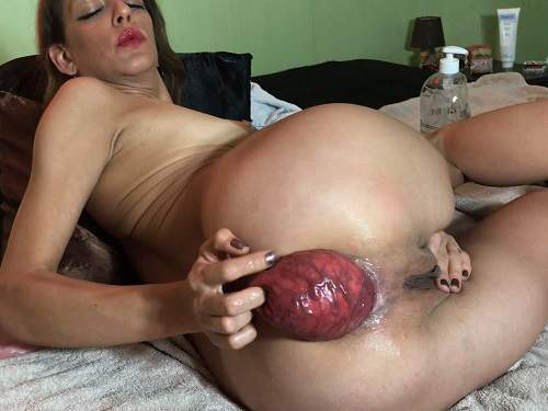 Maria Hella self fisting prolapse close up,Maria Hella fisting anal,deep anal fisting,self fisting,french porn,mature anal prolapse,prolapse ruined,fingering anal,brunette porn