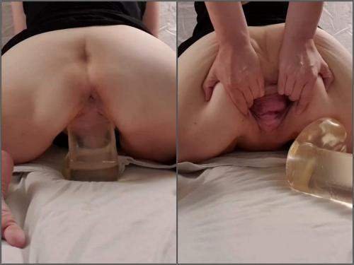 Booty Girl – StretchGirl85 stretching my loose gaping pussy with big clear dildo – Premium user Request