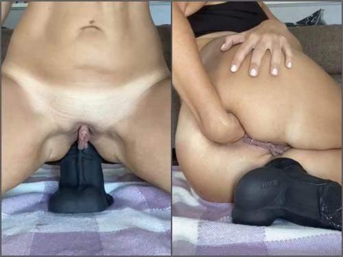 Close Up – Really huge labia pornstar Nikoletta_Joy new bad dragon dildo deep anal