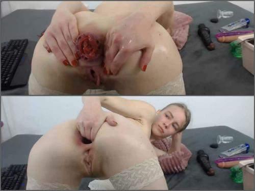 Webcam – Rare webcam JanaBellaCam epic size anal prolapse ruined