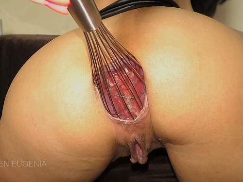 Queen Eugenia my ass is really destroyed,Queen Eugenia 4k porn,Queen Eugenia anal sex,anal gape,anal ruined,booty girl,big ass girl,Kitchen whisk anal