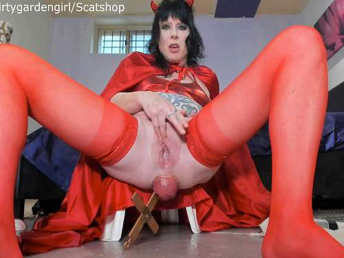 Speculum Examination – Scat devil girl penetration big cross in her giant prolapse anal