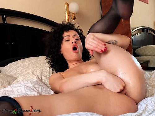 Russian brunette Stacy Bloom vaginal and anal fisting try in the hotel