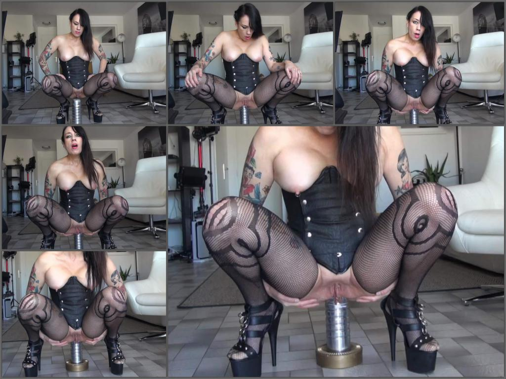 Adeline Lafouine huge metal gode and lick up my squirt,Adeline Lafouine squirt,Adeline Lafouine squirting,Adeline Lafouine dildo anal,dildo rides,squirting porn,webcam girl,tattooed girl porn,full hd xxx