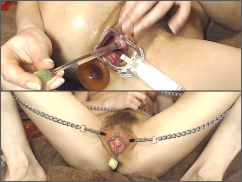 Closeup – Natusamare speculum examination and urethral sounding at the moment