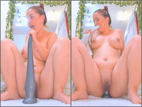 Big Ass – Booty latina Anal_Queenn try many monster size dildos in ass and pussy too
