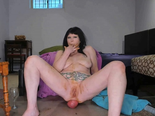Prolapse Ass – Scat prolapse xxx with naked smoking fetish MILF