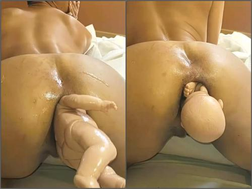 Double Penetration – Amateur latina wife have birth from her huge anal gape