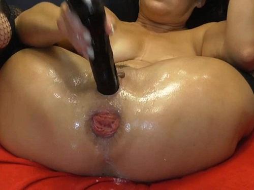 Mature Penetration – Large labia MILF BIackangel closeup wet anal rosebutt terror with rubber dildo