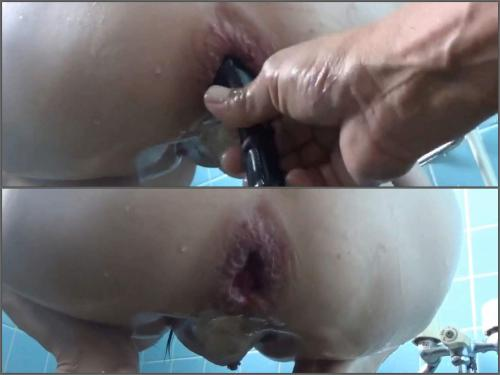Closeup – Big tits asian with piercing nipples stretched her gaping hole during enema domination